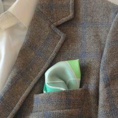 """Pañuelo de bolsillo para caballero de 36x36 cm ( 14""""x14"""") Ondas verdes."""